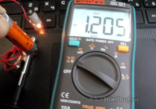 Как проверить батарейку под нагрузкой
